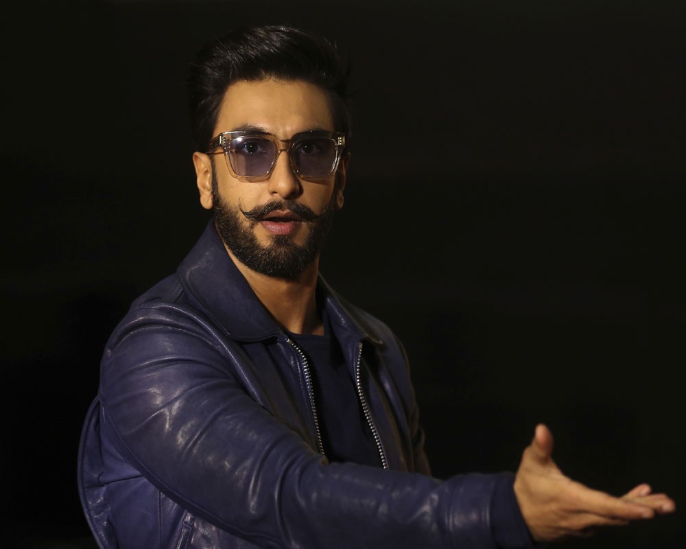 ranveer-singh-gets-emotional-as-band-baaja-baaraat